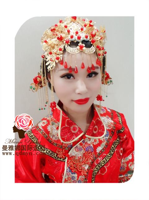 中式新娘盘发妩媚动人秀禾服复古中式结婚敬酒服长款秀和服凤褂裙席卷
