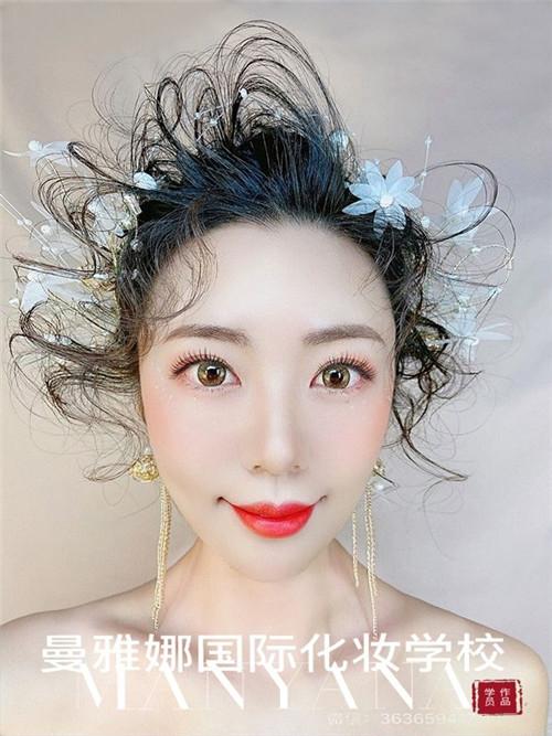 青岛美妆培训学校,曼雅娜,影楼化妆造型作品