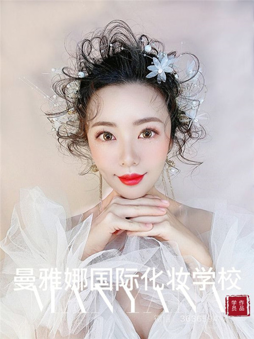 青岛影楼化妆培训学校,新娘跟妆作品