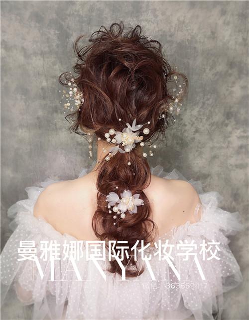 白纱新娘造型,森系田园风新娘跟妆